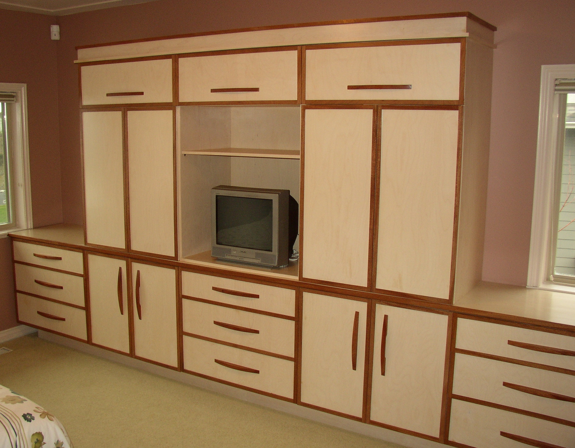 wall unit bedroom furniture
